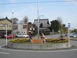 JR田丸駅前