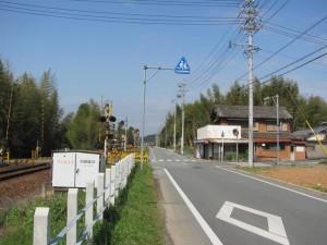 右へ曲がると坂手国生神社へ