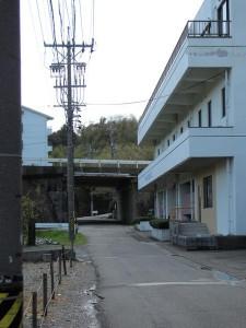 JR五十鈴ケ丘駅から加努弥神社へ向かう