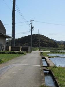 加努弥神社から鏡宮神社へ向かう