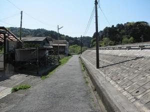 JR松下駅前の道路