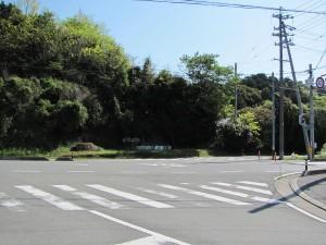 JR松下駅前から国道42号線へ