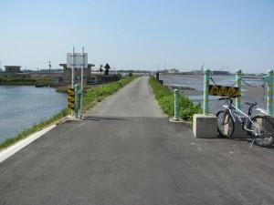 五十鈴川左岸