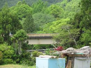 熊野古道から船木大橋を望む
