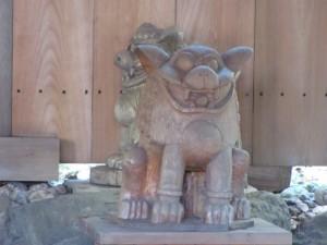 狛犬(上社社殿前)