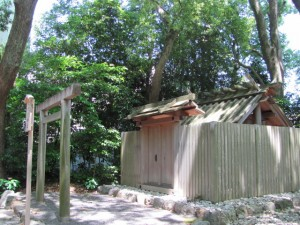 草奈伎神社