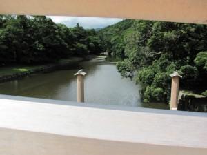 宇治橋から五十鈴川