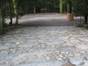 新御敷地の石段