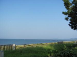 海流測定施設前の海岸