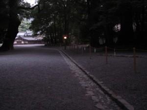 参道(別宮遥拝所の前)