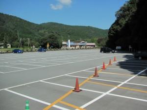 瀧原宮の駐車場