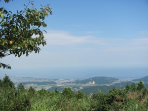 朝熊岳山頂から伊勢湾を望む