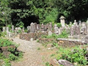 荒木田守武 墓所