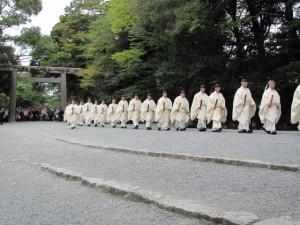 神嘗祭 奉幣の儀 (参進、第二鳥居へ)