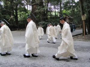 神嘗祭 奉幣の儀 (退下(たいげ)と参進)