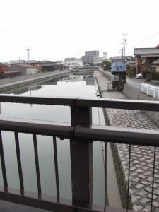 御塩道(清浄坊橋から)