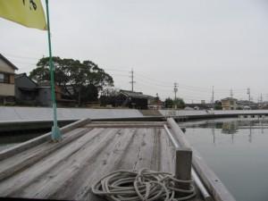 木造船みずき(川の駅二軒茶屋を望む)