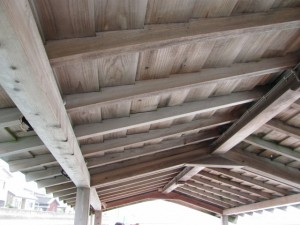 木造船みずきの屋根
