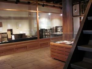 (4)内、商家の蔵書