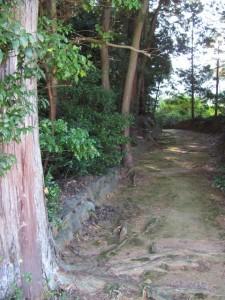 津布良神社へ