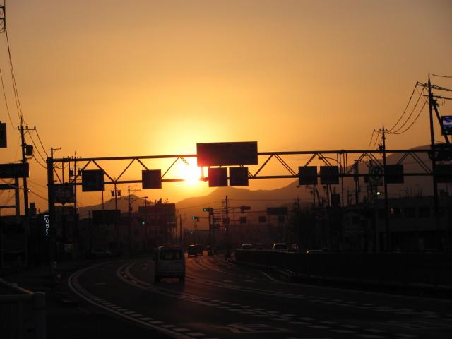 国道23号線新開北交差点付近にて