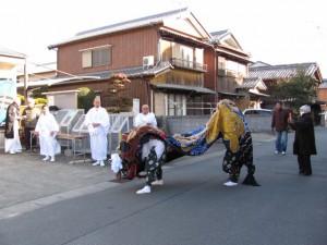 御頭神事(上社)獅子舞(小川町公民館)