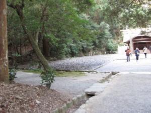 多賀宮への石階下