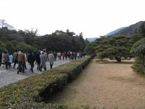 参道と神苑(内宮)
