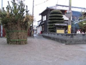 会所横のツムギ祭場