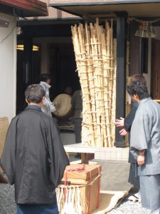 御頭神事-祷屋にて(高向大社)