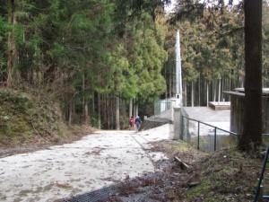 大台町三瀬川簡易水道浄水場の前