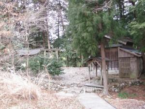 神社(多岐原神社から紀勢自動車道の下付近)