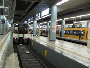 近鉄 大阪上本町駅