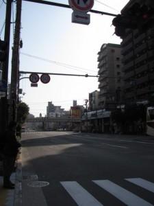 JR玉造駅の高架を望む