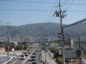 生駒山を望む