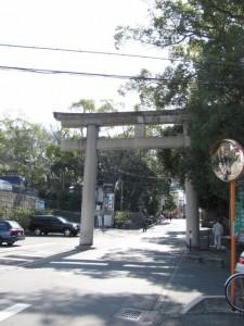 枚岡神社へ
