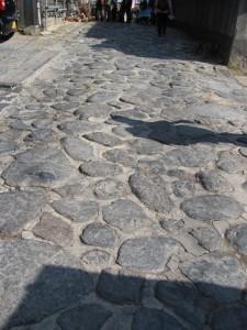 暗峠の石畳