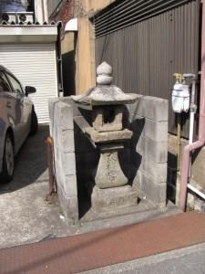 常夜燈(天理本通商店街から市座神社へ)