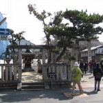市座神社(左側は恵美須神社)