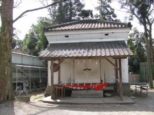 蔵(大和神社)