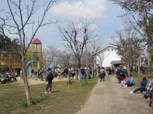 黒塚古墳付近の広場