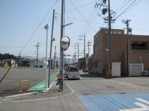 県道13号線 佐田交差点付近