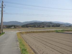 粟野公園から城田中学校へ