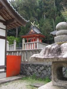 十二柱神社