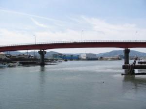 勢田川と一色大橋