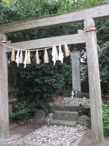 神武天皇遥拝所(高羽江社)