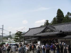 おふるまい(墨坂神社)