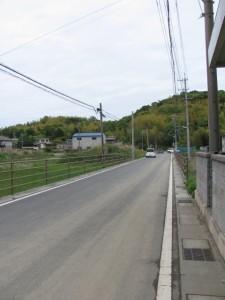 加努弥神社から国道23号線へ