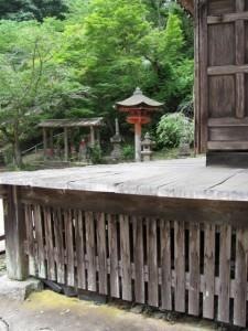 観音堂から六地蔵(丹生大師神宮寺)