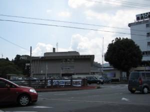 県庁舎前交差点(御木本道路)